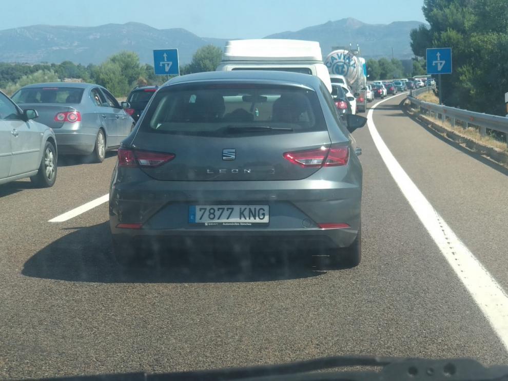 Retenciones en la variante de Huesca por el accidente de un camión este sábado
