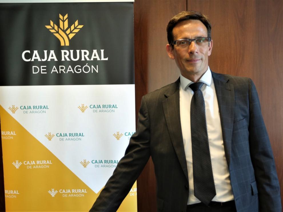 "Alejandro Lanuza, director territorial de Caja Rural en Huesca: ""Mostramos el gran corazón que nos caracteriza"""