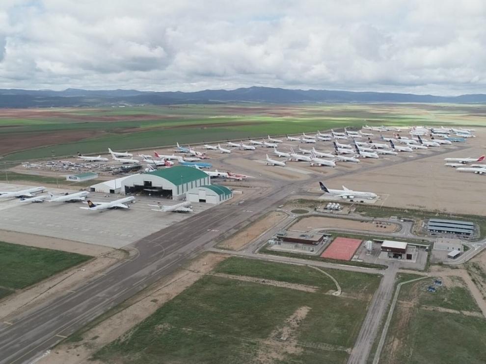 El Aeropuerto de Teruel ya puede recibir vuelos con pasajeros