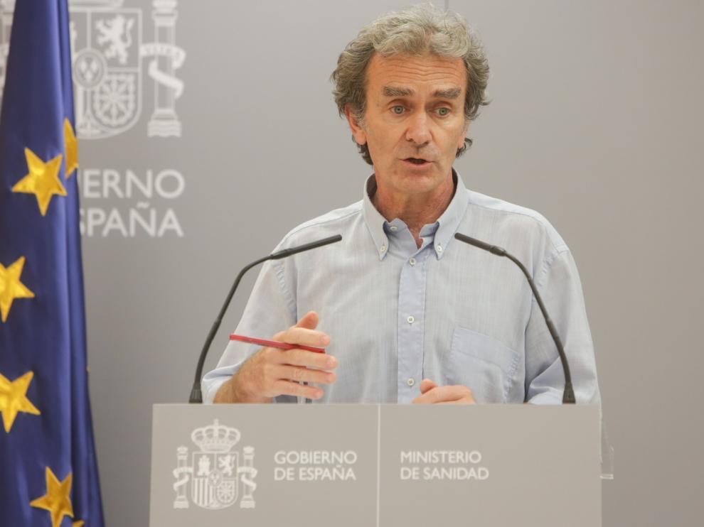 Fernando Simón no descarta que haya una relación entre los brotes en temporeros de Lérida y Huesca
