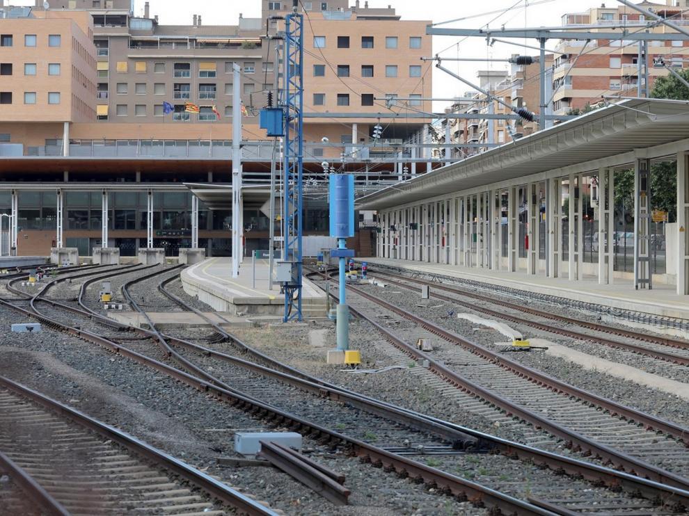 Huesca sigue sin AVE y sin fecha para reanudar el servicio