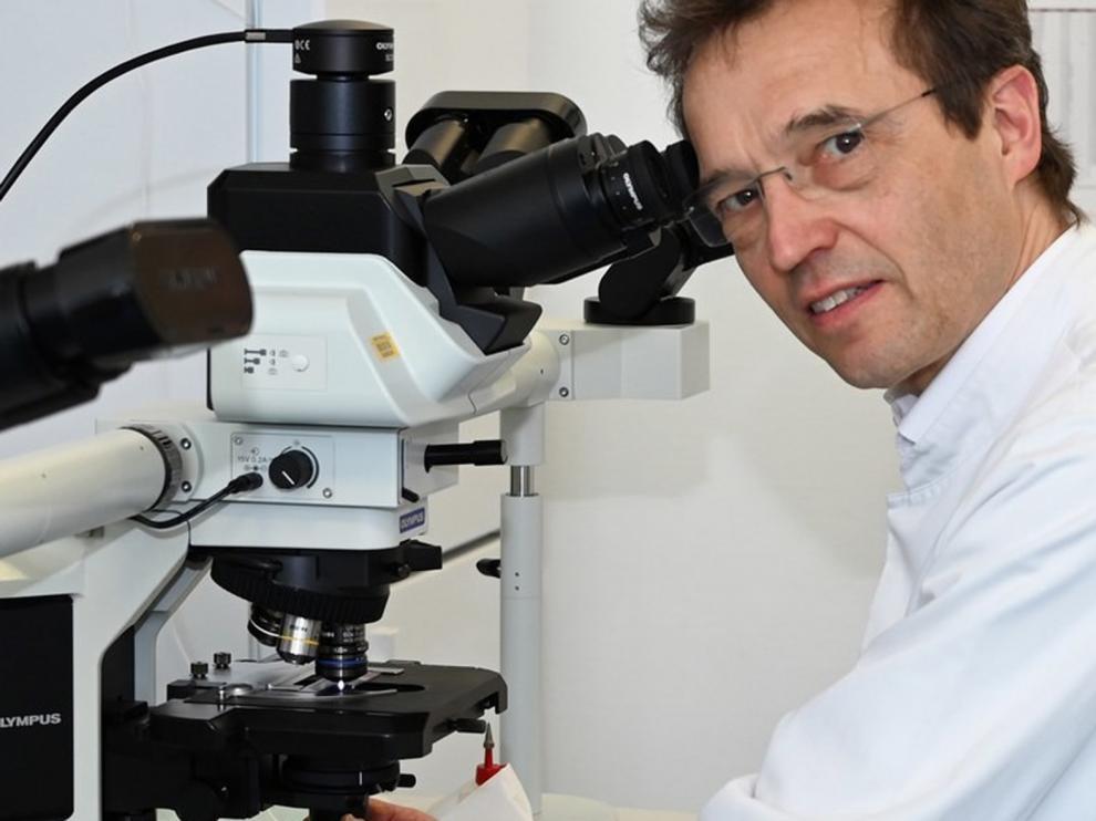 Curan a un paciente de covid-19 con un fármaco contra el cáncer