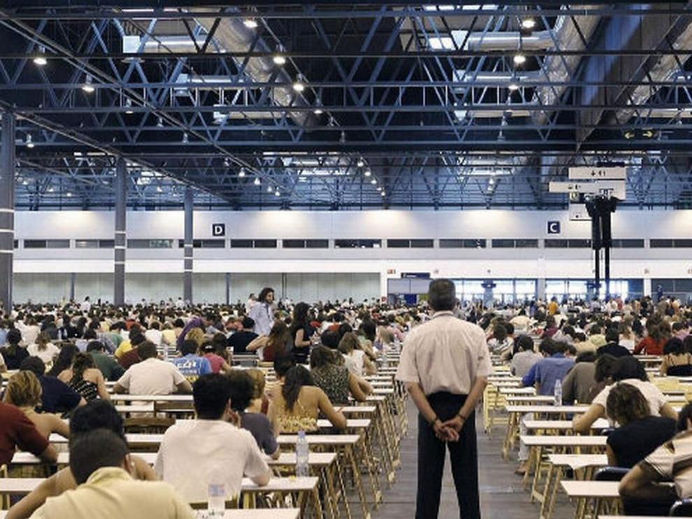 Más de 6.550 aspirantes a abogado se han examinado por Internet