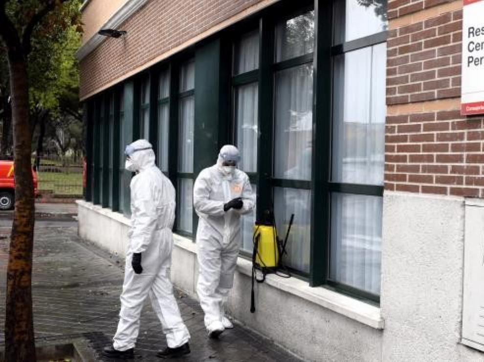 Los nuevos casos de covid-19 en España se elevan a 390 en las últimas 24 horas