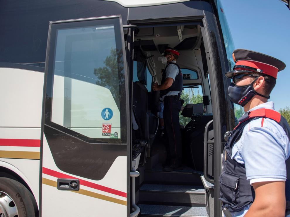 """Aragón descarta confinamientos si no hay un cambio """"radical"""""""