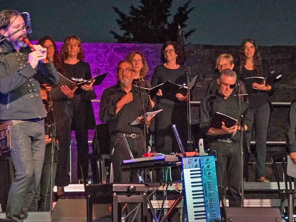 La apertura del Festival Castillo de Aínsa atrae a unas 400 personas