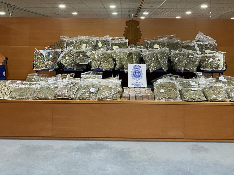 Incautan 225 kilos de marihuana acumulada en la cuarentena antes de enviarla a países de la UE