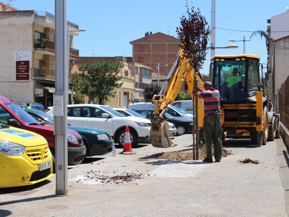 Reformas en las aceras de las calles Zaragoza y Almacellas de Binéfar para mejorar la accesibilidad