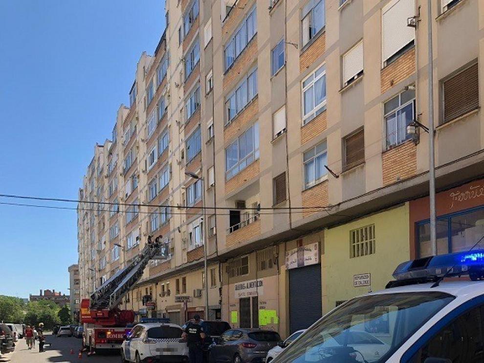 Asisten en Huesca a dos personas mayores que habían sufrido una caída en su domiciliio