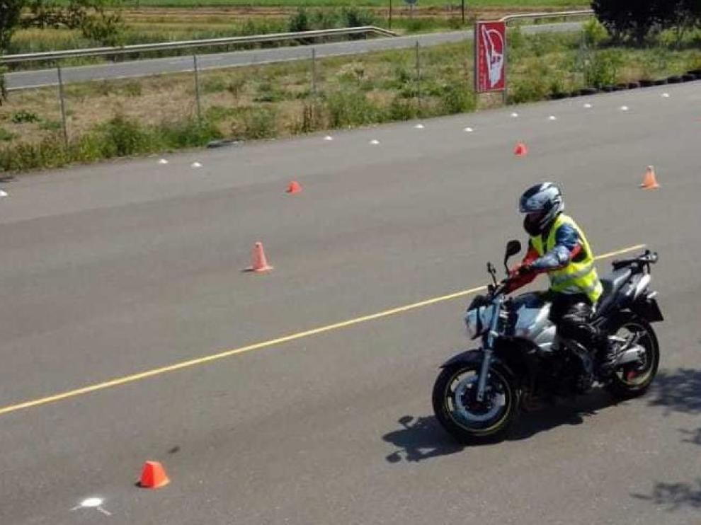 Malestar por la suspensión de los exámenes de conducir en las zonas en fase 2