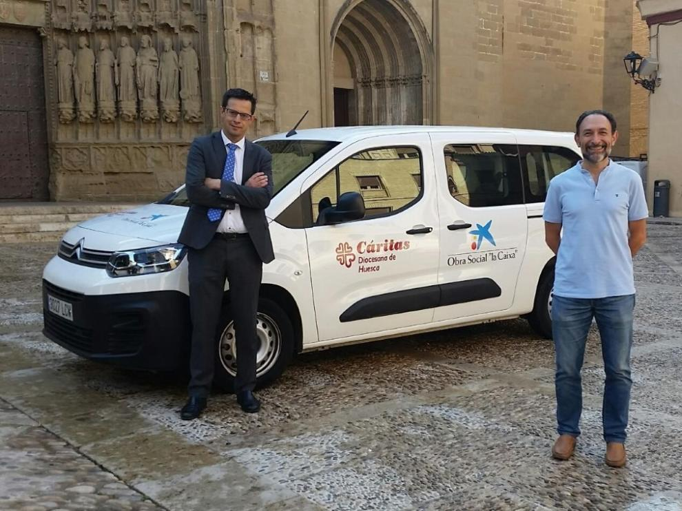"""Cáritas y """"la Caixa"""" suman fuerzas en Huesca"""