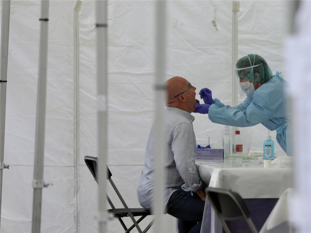 Detectados 62 nuevos casos de coronavirus en la provincia de Huesca, 21 en las comarcas orientales