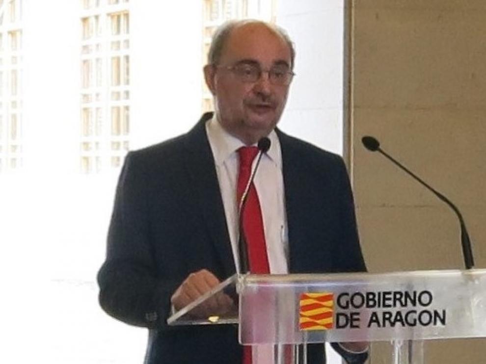 Lambán recuerda que el Pirineo de Huesca y otras zonas muy importantes para el turismo siguen en la nueva normalidad