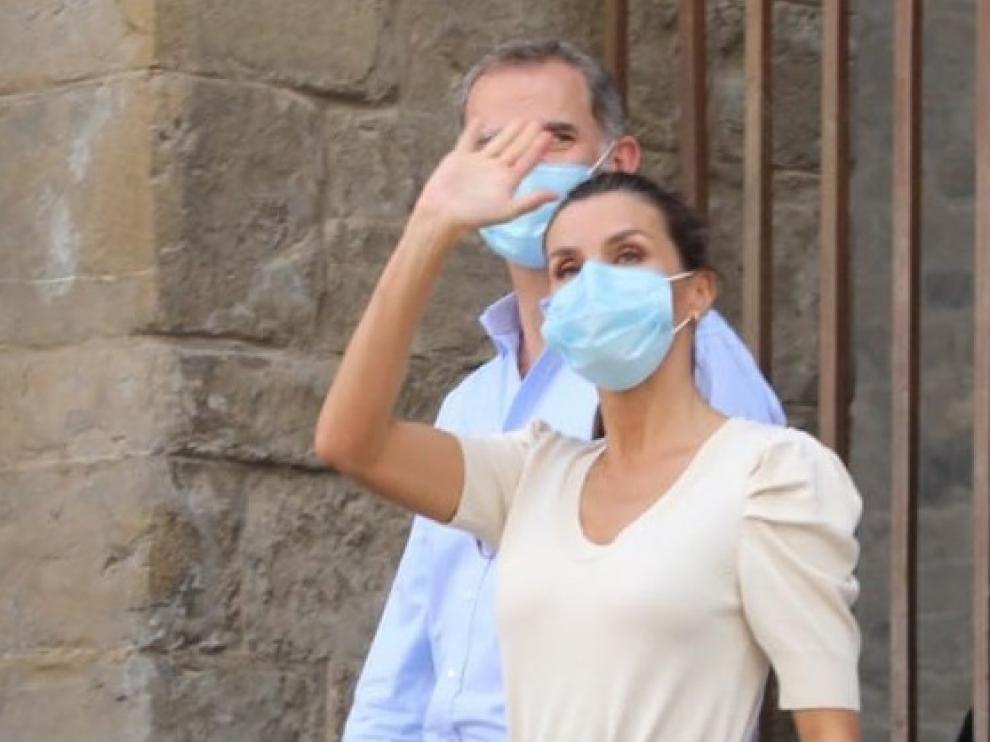 """Lambán afirma que don Felipe VI """"sale ganando enteros de manera apabullante"""" con sus visitas para promover el turismo"""