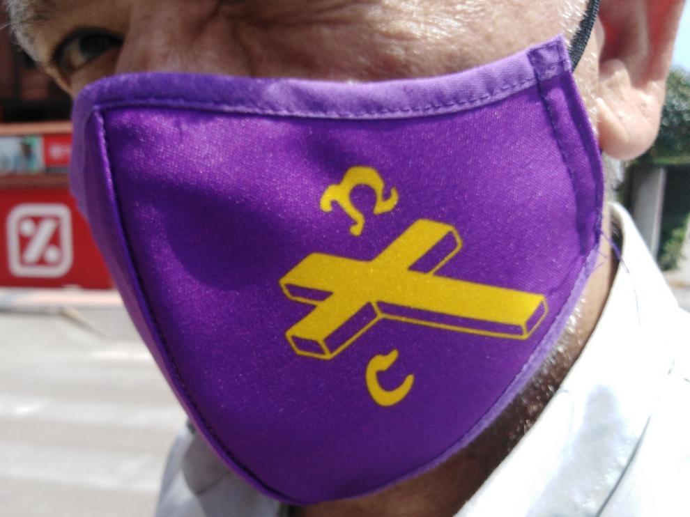 Mascarillas solidarias en Barbastro para el acopio de alimentos