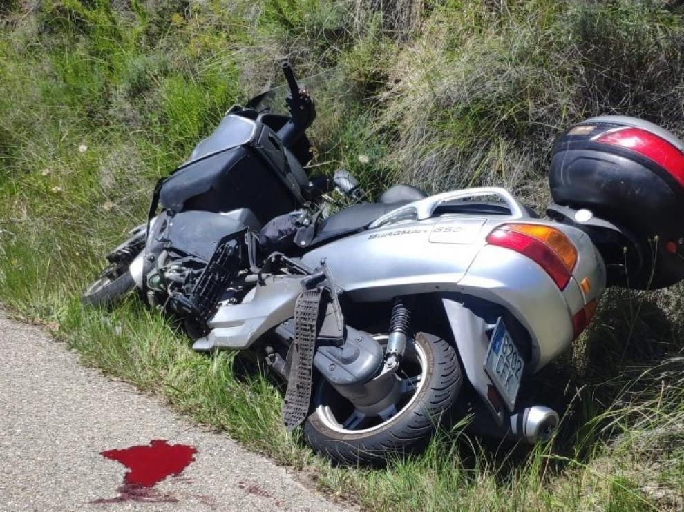 Troncedo y Caneto reclaman la mejora urgente de la carretera