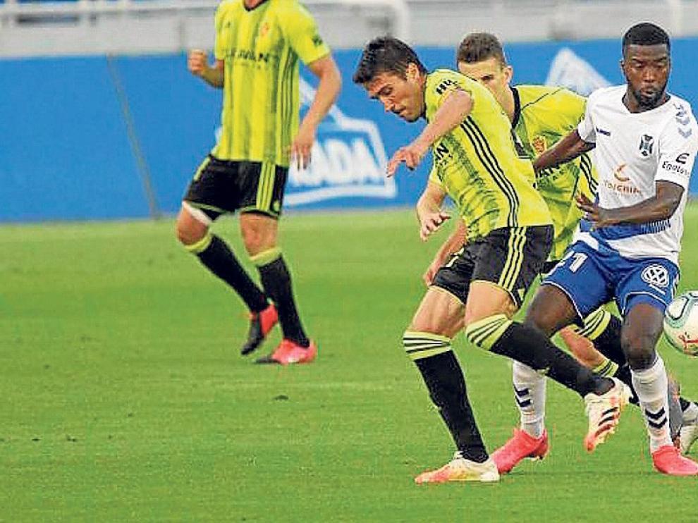 El Huesca saca dos puntos de ventaja en el ascenso directo