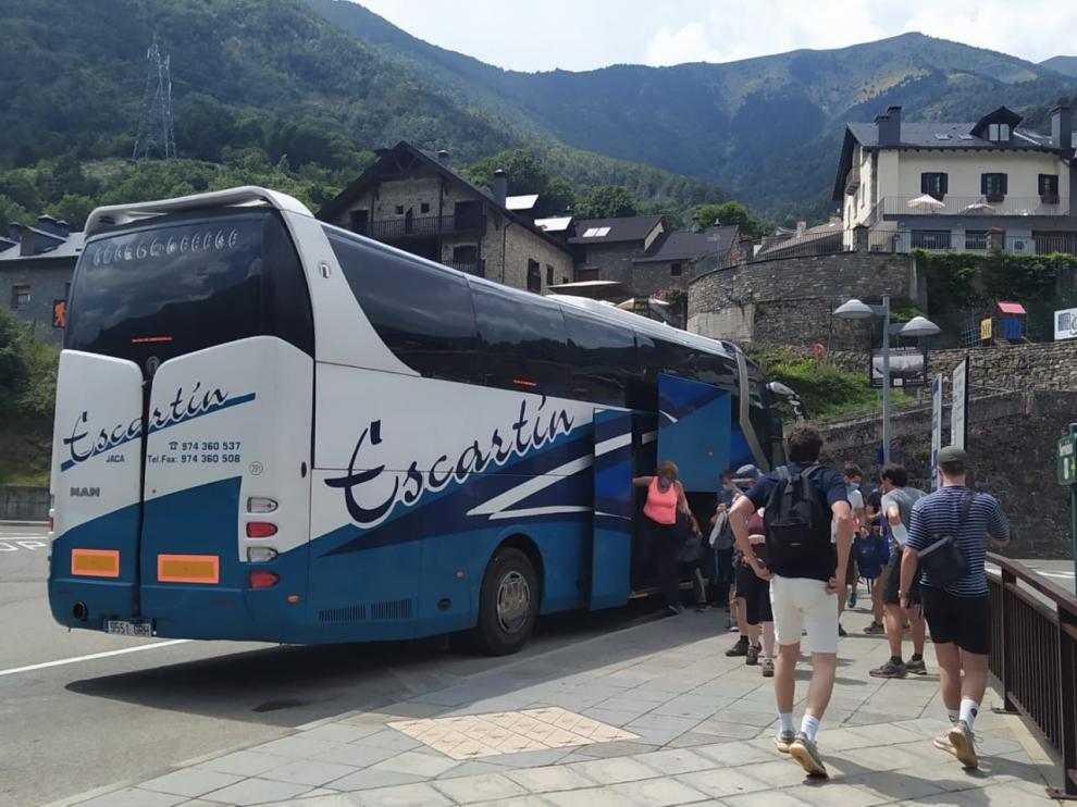 Se pone en marcha el servicio de autobuses a la pradera de Ordesa desde Torla sin aglomeraciones
