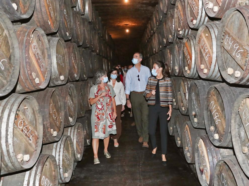 Felipe VI da su apoyo en La Rioja al sector del vino