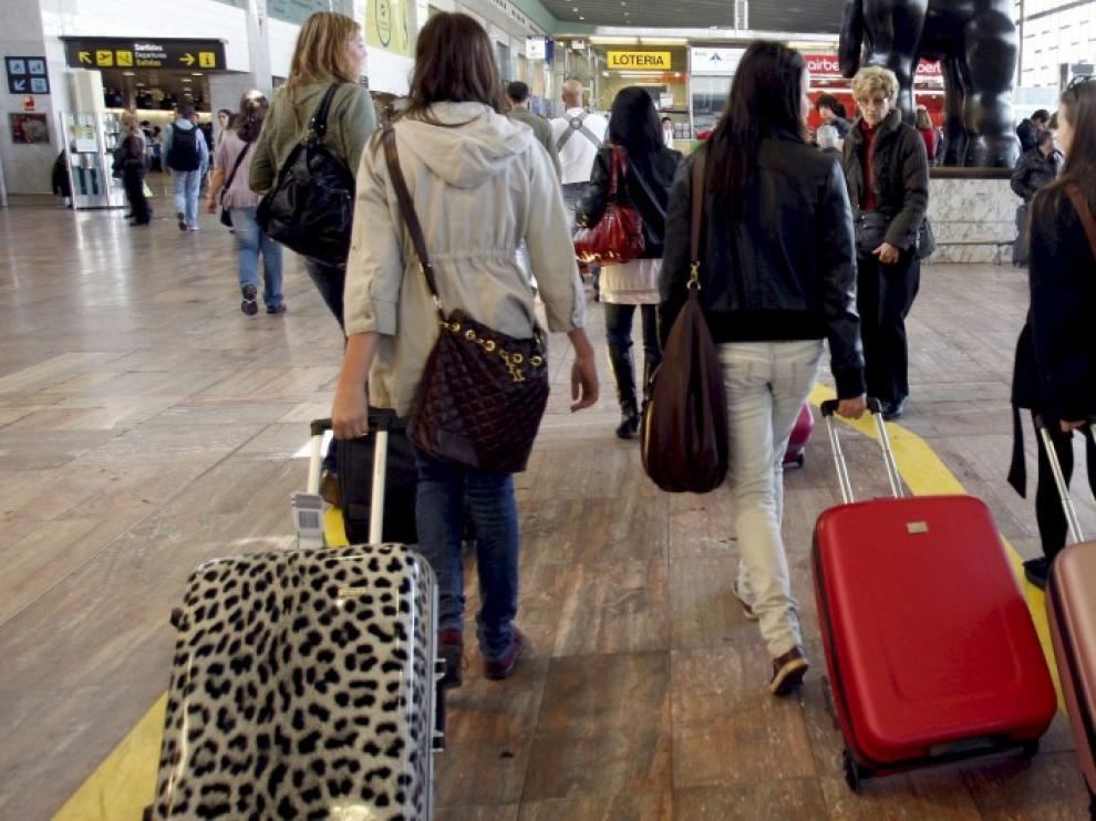 Inglaterra levanta la cuarentena a los viajeros procedentes de España