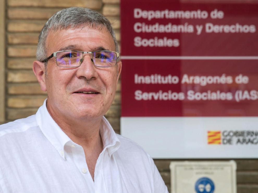 """Joaquín Santos, gerente de Servicios Sociales: """"Hay que replantear cómo atendemos a los mayores"""""""