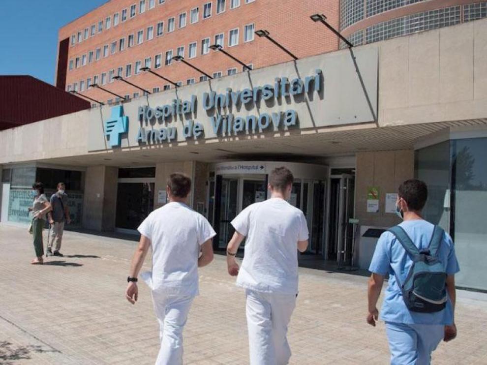 El Hospital Arnau Villanova de Lérida ve crítica la próxima semana para saber si se saturará
