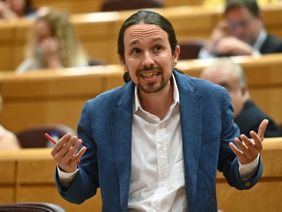 Dura sesión en el Senado entre el PP e Iglesias