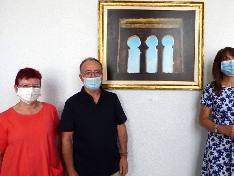 El artista Pedro Caurín dona un cuadro a Sabiñánigo