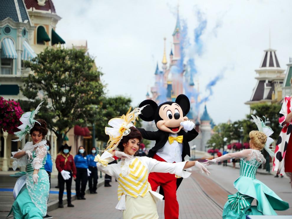 Disneyland Paris reabre sus puertas tras el parón por el coronavirus