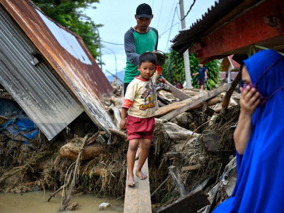 Las fuertes lluvias dejan 15 fallecidos en Indonesia