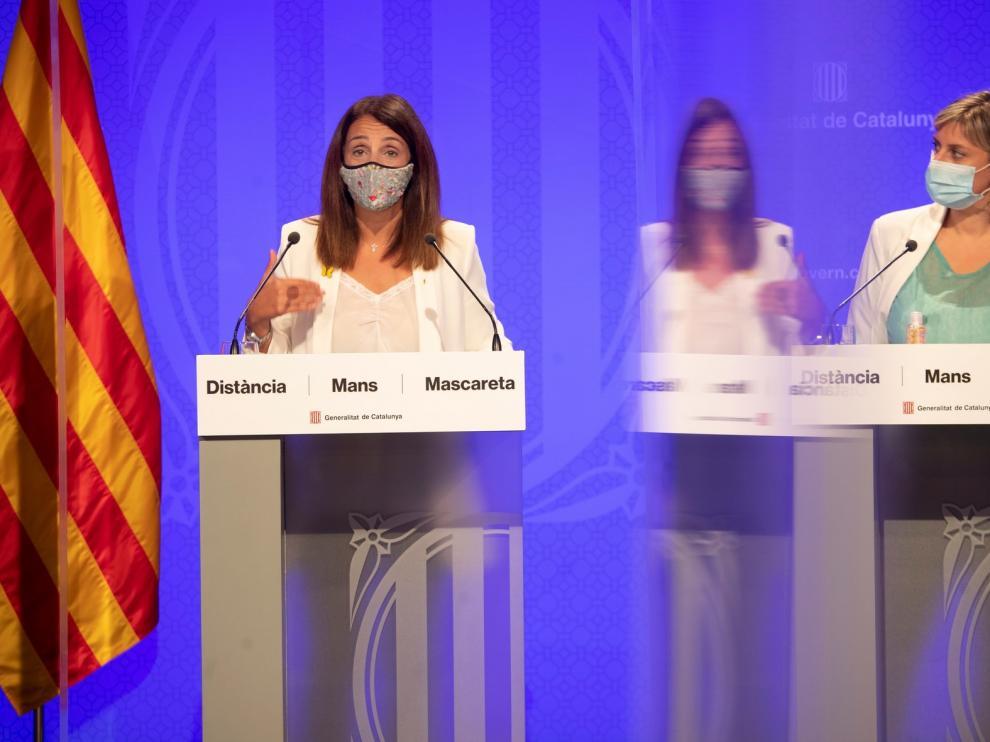 Cataluña prohíbe las reuniones de más de 10 y limita el aforo en bares de Barcelona