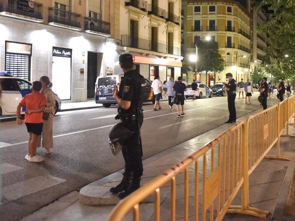 El alcalde felicita a los oscenses por su ejemplar comportamiento en las celebraciones del ascenso del Huesca