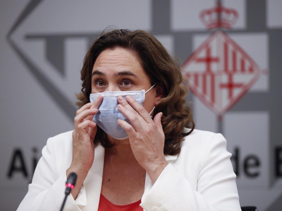 """Alcaldes del área de Barcelona critican las medidas """"incoherentes"""" del Govern"""