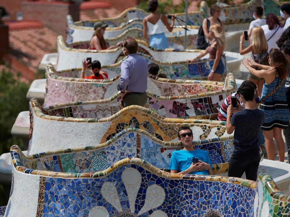 Barcelona afronta las medidas con amenaza de confinamiento