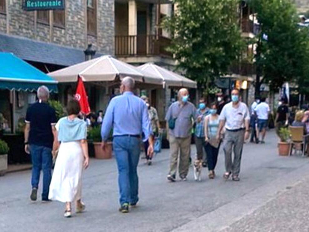 El fin de semana acaba con una ligera caída de viajeros por la carreteras de provincia de Huesca