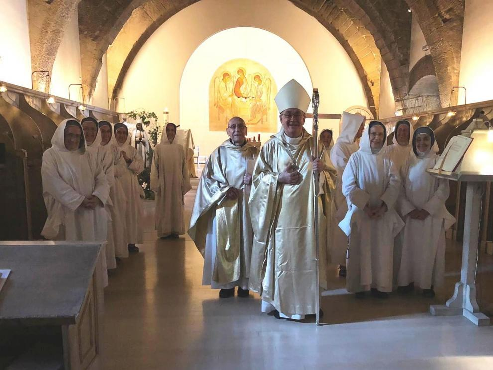 Las últimas monjas dejarán este martes el monasterio de Villanueva de Sijena
