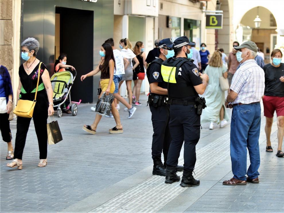 Al menos140 denuncias en Huesca el fin de semana por no llevar mascarilla