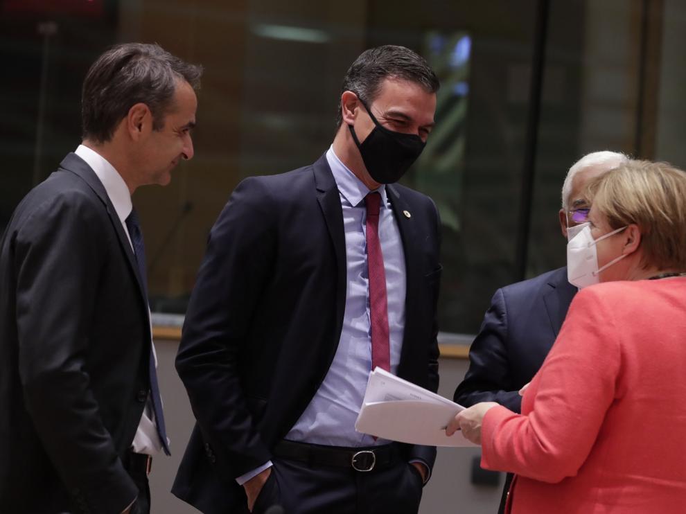"""La UE acuerda un """"histórico"""" plan de recuperación tras pandemia de la covid-19"""