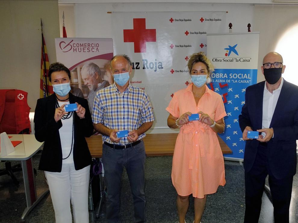 Tarjetas prepago solidarias en Huesca para que familias desfavorecidas puedan adquirir productos de primera necesidad