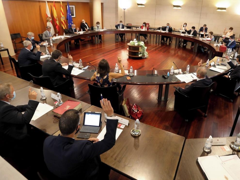 La DPH pide que la provincia de Huesca acceda a incentivos fiscales