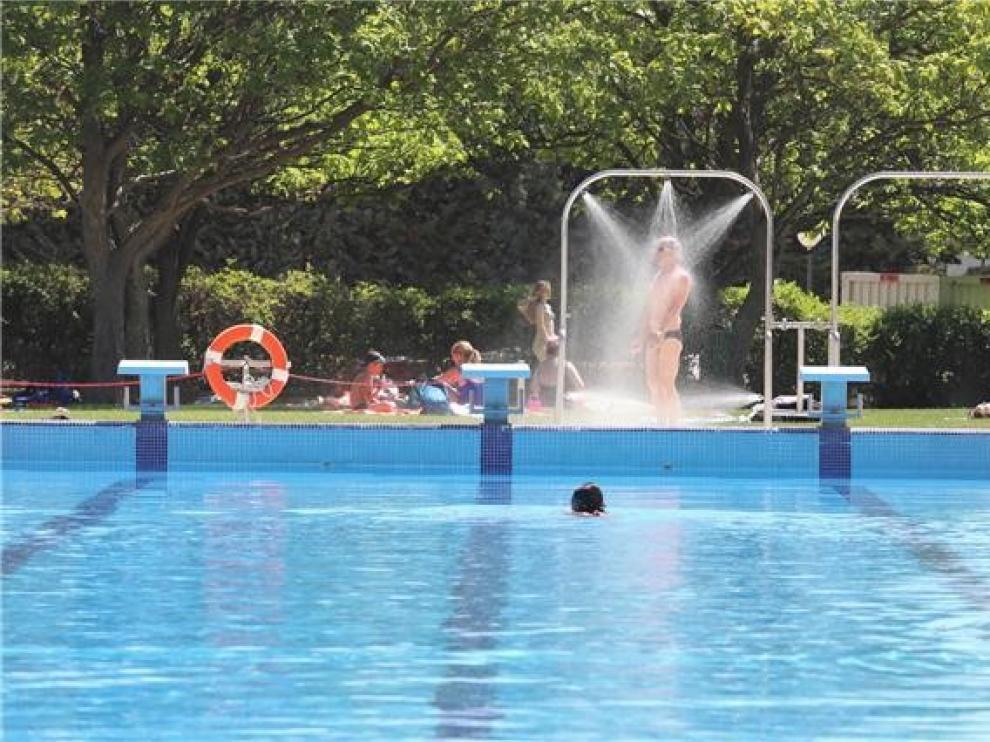 El Ayuntamiento de Huesca cierra de forma preventiva la piscina del Complejo Deportivo Ruiseñor