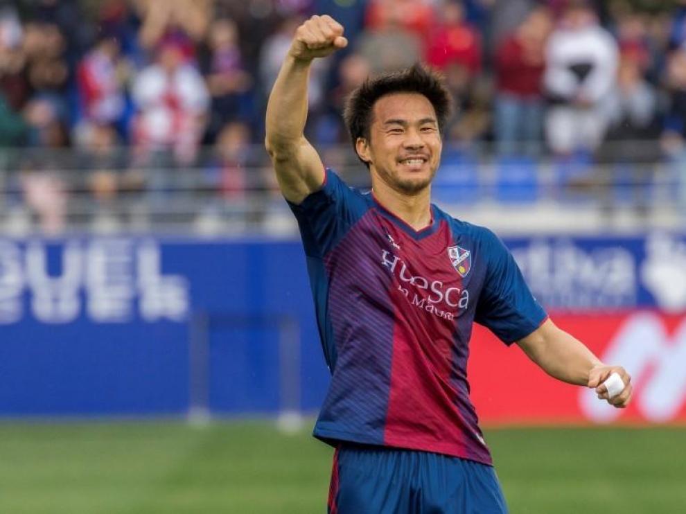 Okazaki sigue en el Huesca hasta junio de 2021