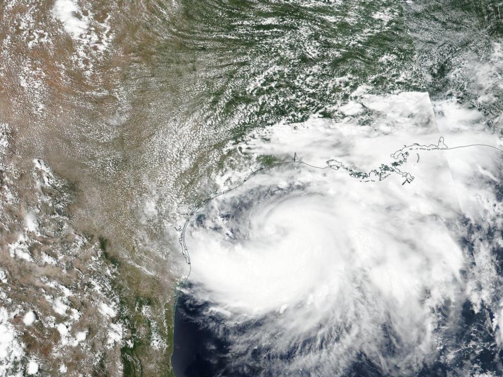 El huracán Hanna se dirige a la costa de Texas