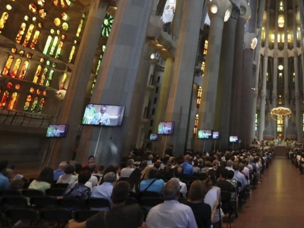 El Arzobispado de Barcelona desoye al Govern y mantiene la misa por el coronavirus