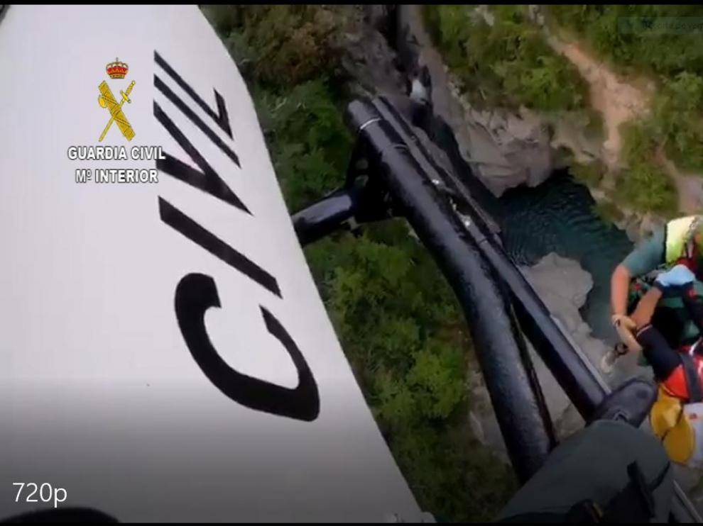 La Guardia Civil realiza siete rescates con 10 personas evacuadas en el Pirineo oscense