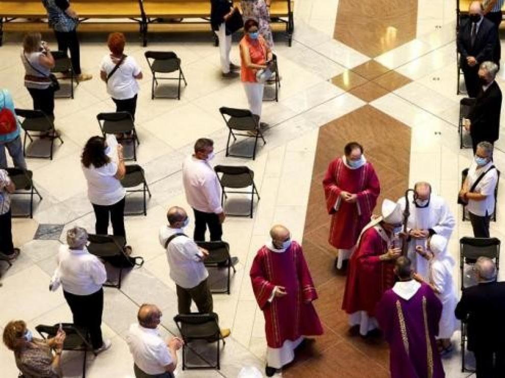 Torra choca con la Iglesia por la misa del Covid y carga contra Omella