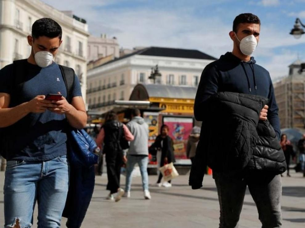 Sanidad dice que los que han tenido coronavirus también tienen que usar mascarilla