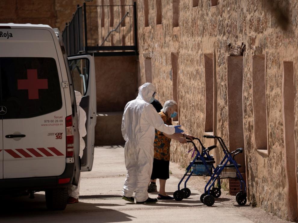 Aragón contabiliza 15 muertes por covid en 7 días y mantiene activos 89 brotes