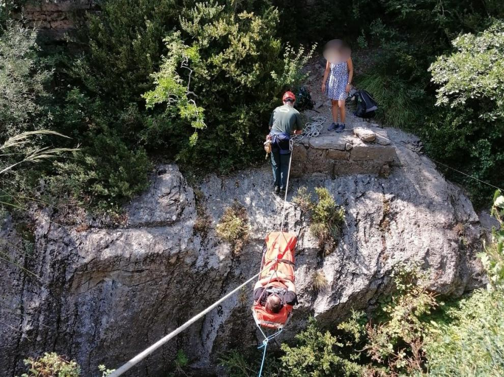 Subdelegación del Gobierno en Huesca y Guardia Civil recomiendan extremar las precauciones en la práctica de actividades de montaña