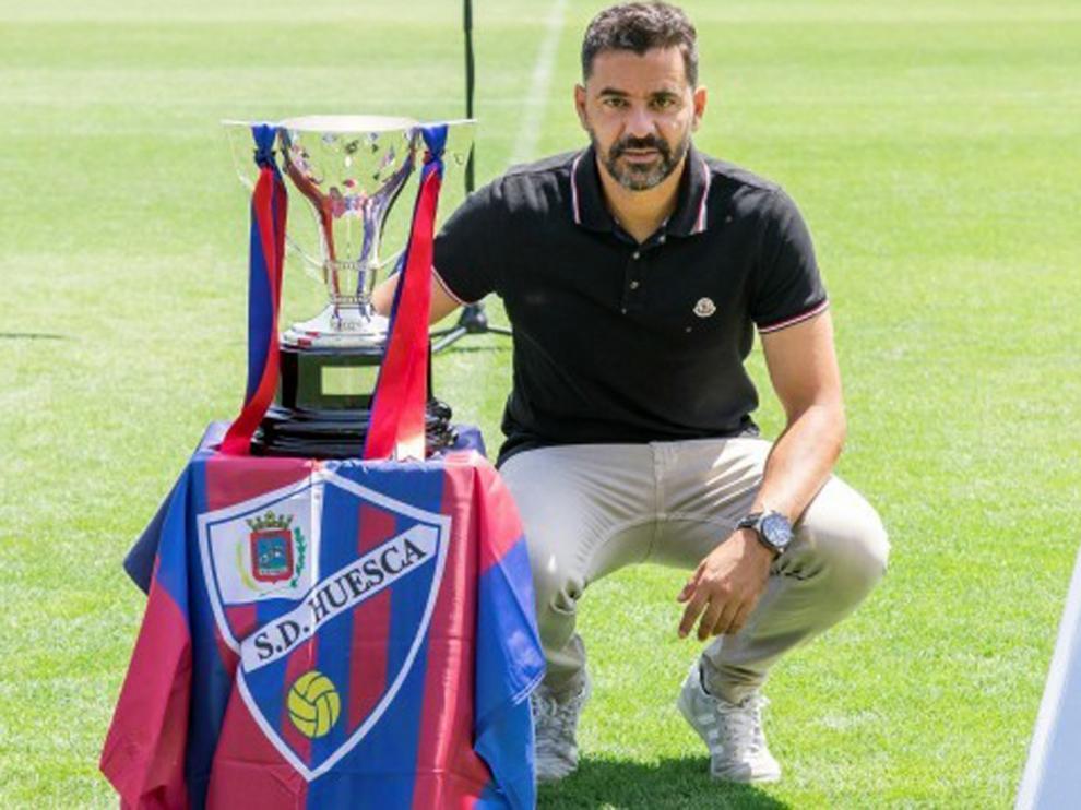 """Míchel: """"El Huesca va a dar que hablar y vamos a disfrutar de la Primera División"""""""